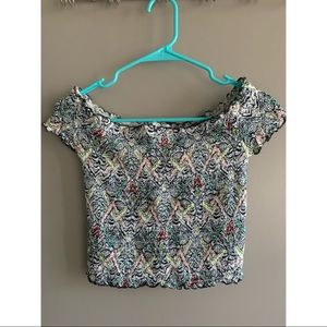 Guess off the shoulder stretch crop top